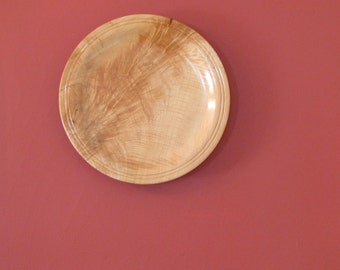 Curly maple wood platter, wall hanging, serving tray, plate, wood turning, lustrous cream and light brown colors, highly figured wood