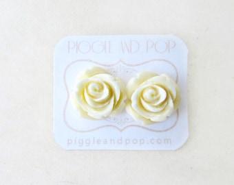 Ivory Rose Earrings, Cream Rose Stud Earrings,Resin Cabochon Rosettes, Romantic Garden Wedding, Shabby Chic Bridesmaid Jewelry, Ivory Roses