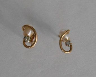 vintage 10K Gold Pearl and CZ earrings