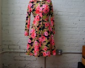 Pixel Print Floral Dress MEDIUM 1960s Shirtdress Mod Mini Fit and Flare Bright Pink Green Black Flowers Long Sleeve It's Better