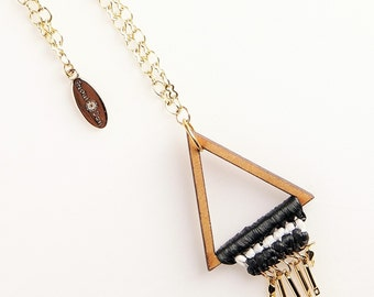 Woody Willow Triangle Necklace