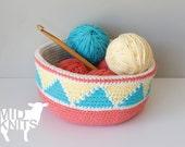 "DIY Crochet PATTERN - Convertible Triangle Color Blocked Bowl  Size: 9"" diameter (2015003)"
