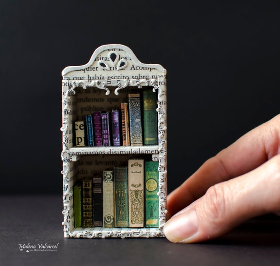 Paper Art - Miniature Library with tiny books - Diorama