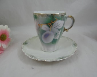 1920s Art Deco German Cappuccino Demitasse Green Teacup and Saucer - 2 available