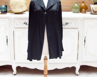 Vintage Carolina Herrera Black Silk Cape