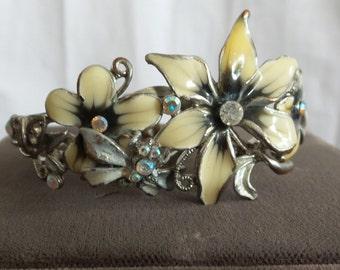 Bracelet Clamper  Vintage Enameled Flowers