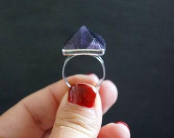 Amethyst Ring // Silver Ring // Gemstone Ring // Raw Amethyst // Amethyst Jewelry // Crystal Ring // February Birthstone