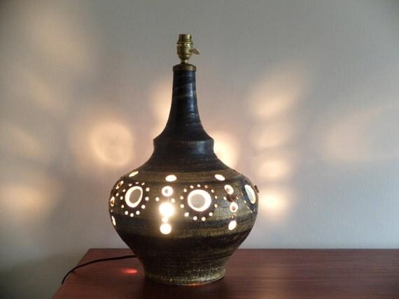 grand pied de lampe en c ramique de georges pelletier ann es. Black Bedroom Furniture Sets. Home Design Ideas