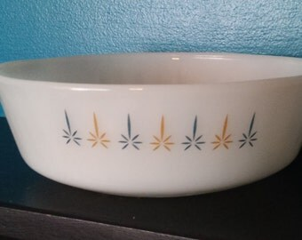 Vintage Anchor Hocking Fire King Candle Glow Pattern Round Casserole Baking Dish