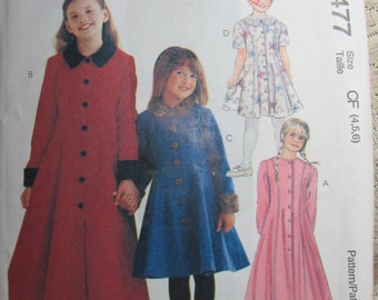 McCalls 8477, Little Girls Dress in 2 Lengths, Semi Fitted with Princess Seams, Sizes 4 to 7, Uncut