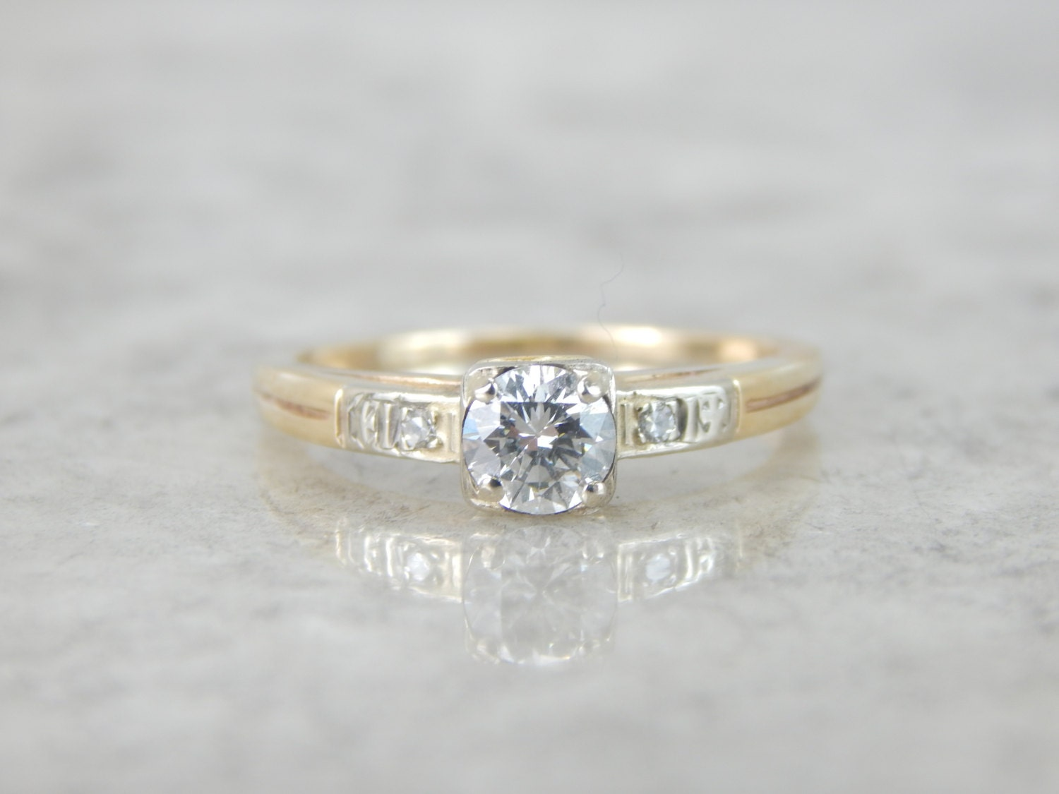simple 1940s vintage two tone engagement ring lfe684 p