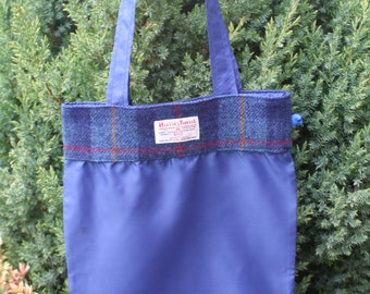 Foldable shopping bag with navy check Scottish Harris Tweed