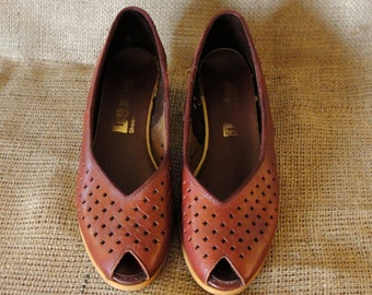 Vintage Oxblood Peeptoe Shoes Size 7