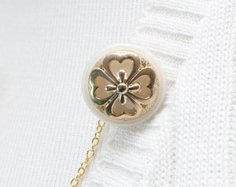Sweater Clip - Gold / Ivory Flower Sweater Guard Clip