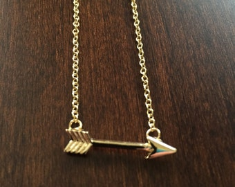 Arrow Necklace in Gold, arrow necklace, gold arrow necklace, arrow jewelry, arrow pendant, small arrow necklace, small necklace, necklace