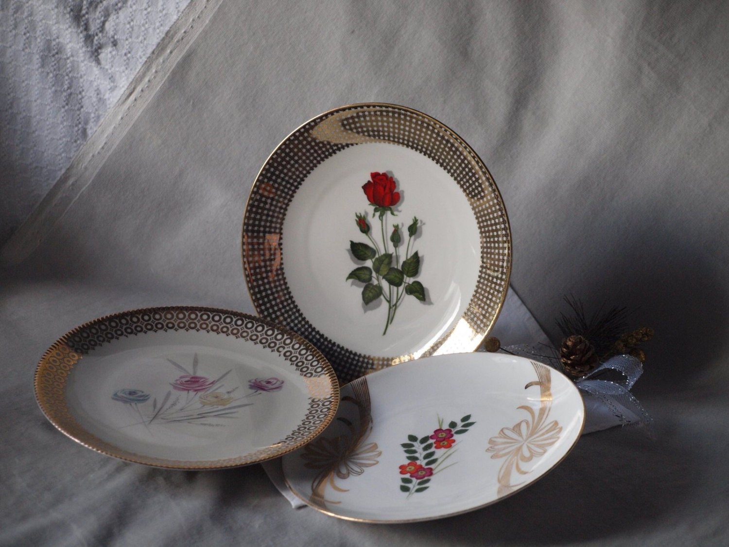 Golden wall decor mix and match plates vintage bavarian for Wall decor dishes