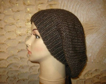 Warm Slouchy knitted hat for women. Slouchy beanie.