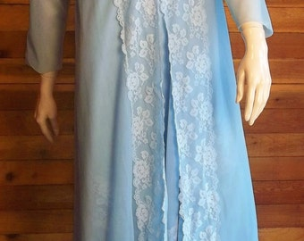 Vintage Lingerie 1970s HENSON KICKERNICK Blue Nightgown and Robe Set Lace and Chiffon