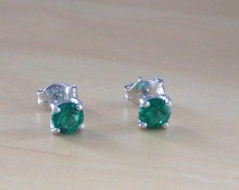 925 Emerald (Lab Created) Stud Earrings/Emerald Stud Earrings/Emerald Jewelry/Emerald Jewellery/Green Stud Earring/May Birthstone/Gemstone
