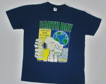 90s Snoopy T Shirt Peanuts Earth Day 1990 charles schulz environmental joe cool comic M/L artex 80s