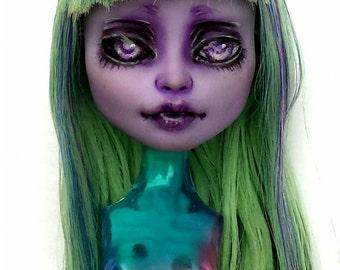 OOAK  Monster High Twyla custom repainted head