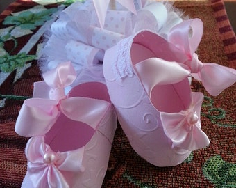 Set Of Ten Pink Baby Girl Shoe Favors