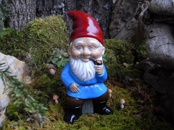 Gnome Garden: Gnome Statue Elf Statue Smoking Garden Gnome By