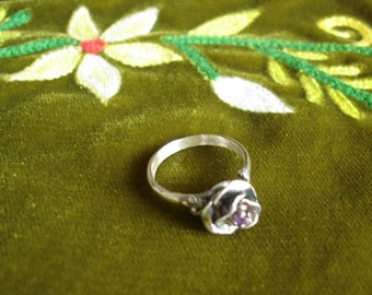 Modeled Rose ring with small amethyst 925 blackened Sterling silver