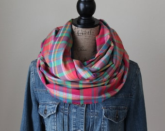 Multi Color Scarf, Teen Gift, Plaid Infinity Scarf, Winter Scarf, Womens Scarf, Chunky Scarf, Circle Scarf