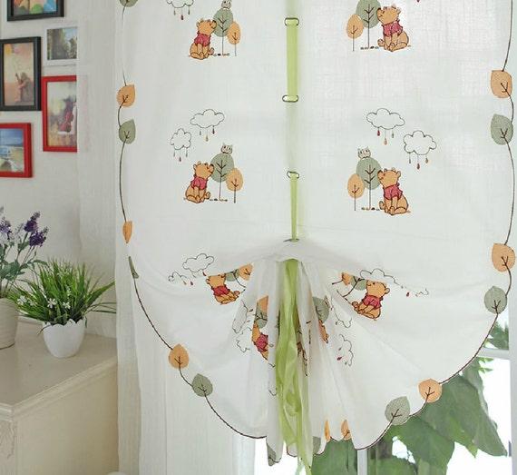 winnie l 39 ourson ficeler rideaux pour chambre d 39 enfant. Black Bedroom Furniture Sets. Home Design Ideas
