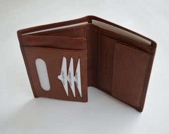 Genuine leather men's and woman's Bi-fold thin wallet, coin pocket, coin purse, ID and card holder.