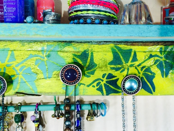 Floating shelves pallet wood necklace organizer /jewelry holder wall hanging shelf /reclaimed wood decor stenciled ivy 7 hand-painted knobs
