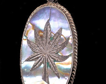 Vintage Hecho en Mexico .925 Sterling with Abalone Pendant