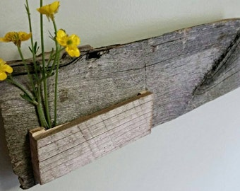 Barnwood Key and Mail Holder