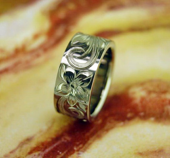 10mm titanium ring scrolled with hawaiian by