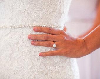 Delicate Wedding dress Bridal Sash,Wedding Dress Sash Belt,  Rhinestone Sash,  Rhinestone Bridal Bridesmaid Sash Belt, Wedding dress sash