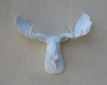 White Moose Head wall hanging, Moose head, wall mount, wall hanging, faux taxidermy, Animal home decor, wall hanging, faux animal head