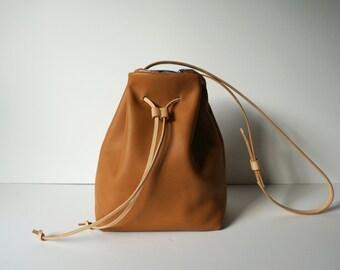 Bucket Bag Camel Leather