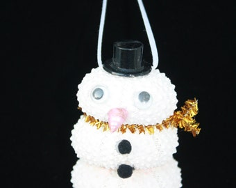 Handmade Seashell Snowman, Sea Urchin Snowman with black plastic top hat.