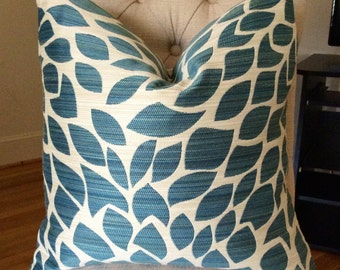 Handmade Decorative Pillow Cover - Teal - Petals - Upholstery