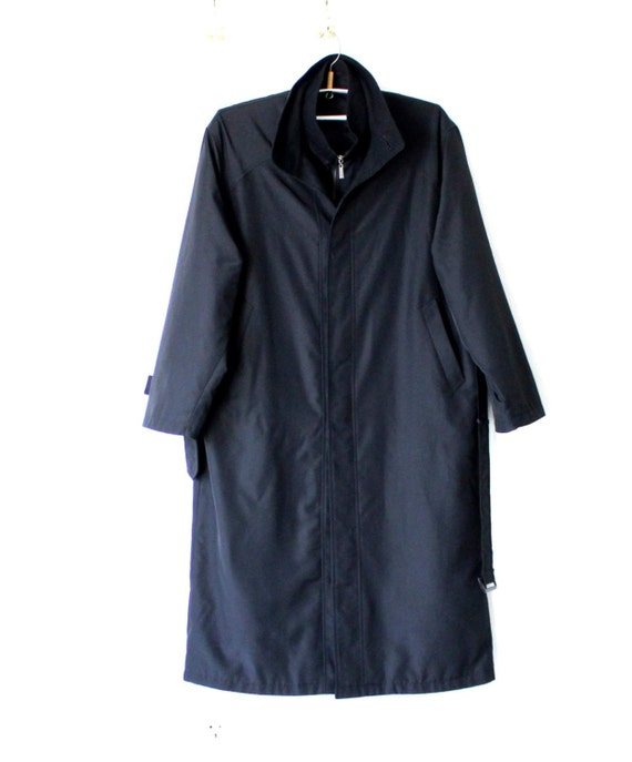 hugo boss men 39 s black trench coat with removable lining. Black Bedroom Furniture Sets. Home Design Ideas