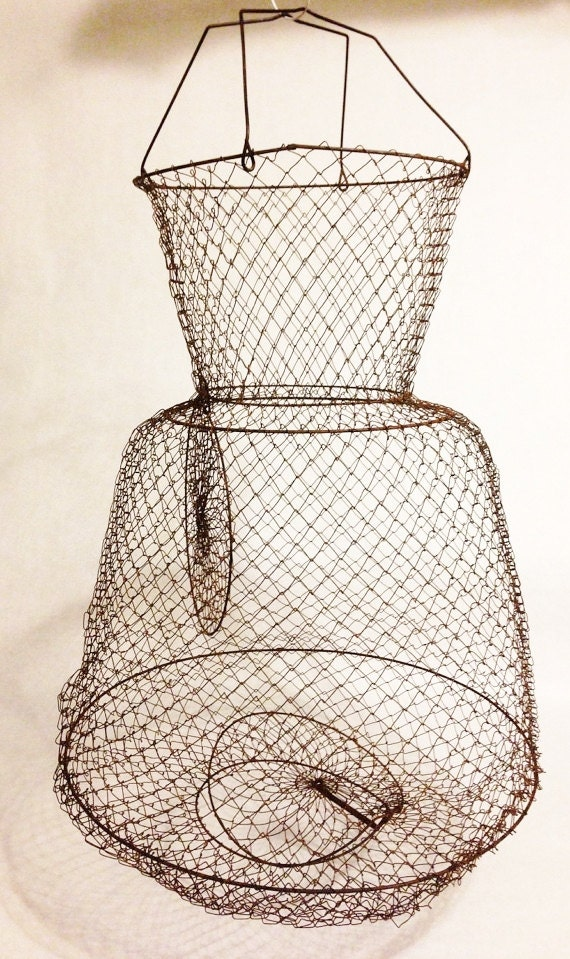 Items similar to vintage wire mesh fish basket on etsy for Fish wire basket