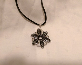 6 Pointed Celtic Visions Star Pendent in Bright and Black Aluminum