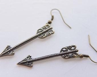 Arrow earrings - Gamer girl, - Arrow charm earrings, Archer jewelry, Archery Arrows