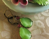 Estate Style Earrings Pink and Green vintage earrings dangle earrings glass jewel earrings estate earrings vintage style summer earrings