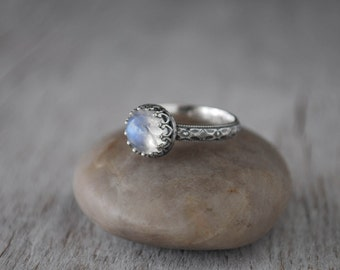 Rainbow Moonstone Ring Sterling Silver -  Silver Moonstone Gemstone Ring - Handcrafted Artisan Silver Ring