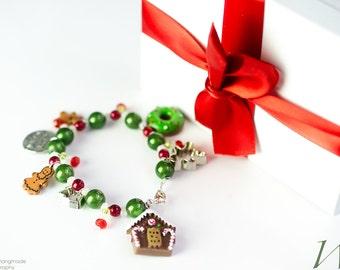 Christmas Bracelet, Christmas Treat Charm Bracelet, Girls Christmas Bracelet, Christmas Jewelry for holiday gift or stocking stuffer