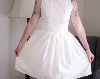 Classic cream broderie anglaise tea dress lace fifties 1950s 50's wedding