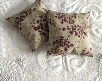 Balsam Fir Sachet - Organic Balsam Fir - Cotton Fabric- Balsam Sachet - Modern Eco friendly- Aromatherapy - Spa - Purple Floral Print