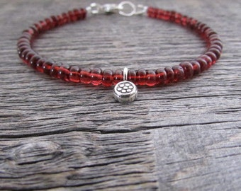 January Birthstone Bracelet, Garnet Charm Bracelet, Red Garnet Bracelet, Garnet Jewelry, Gemstone Bracelet, Flower Bracelet, Garnet Gemstone